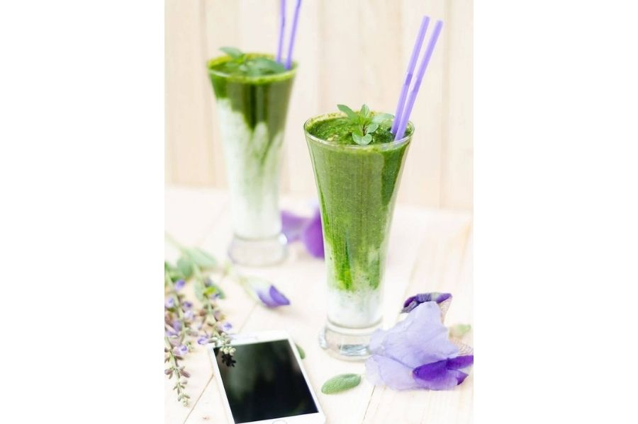 Cycle Syncing Luteal Phase Detox Juice