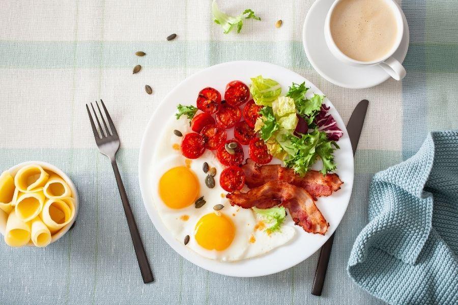 Perfect Keto-Green Breakfast Plate