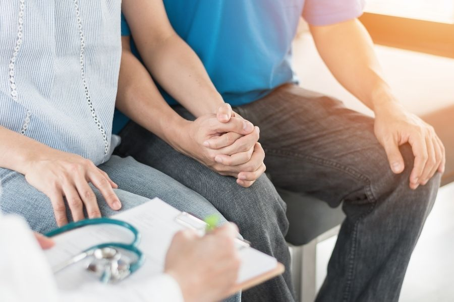 couple-struggling-with-infertility-