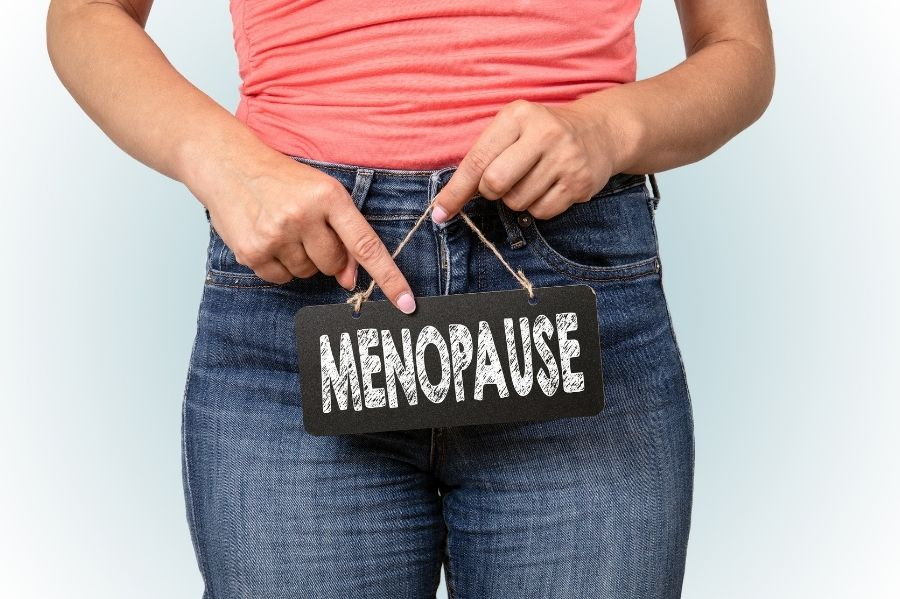 5 Steps to Manage Menopause Naturally