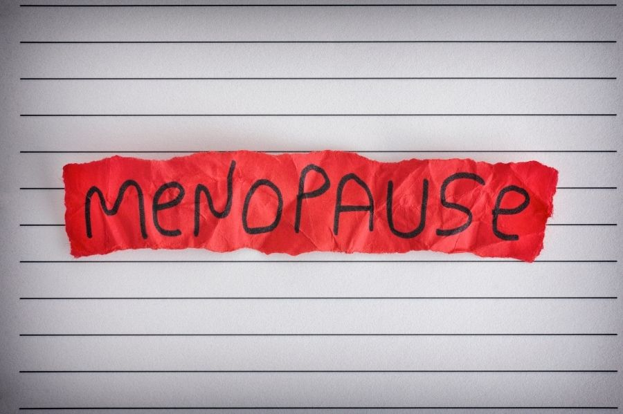 5 Steps to Manage Menopause Naturally (1)