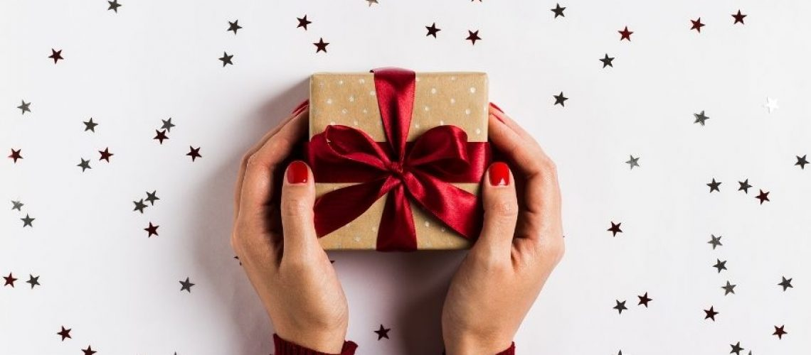 Coach Kela's Favorite Holistic Holiday Gifts for 2020